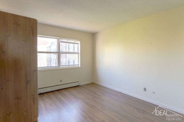 3 Bedrooms, Cobble Hill Rental in NYC for $3,600 - Photo 2