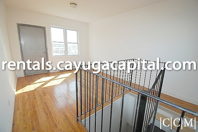 3 Bedrooms, Bushwick Rental in NYC for $3,207 - Photo 2