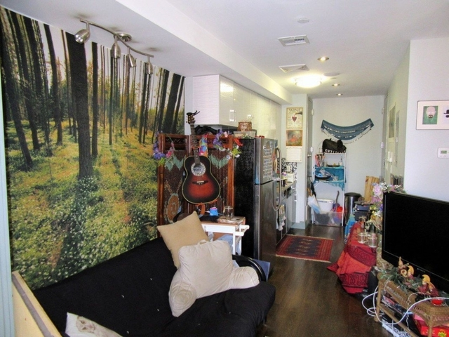2 Bedrooms, Ridgewood Rental in NYC for $2,450 - Photo 2