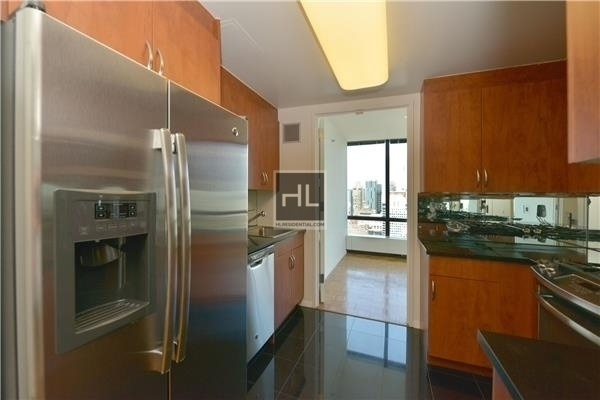 3 Bedrooms, Upper East Side Rental in NYC for $9,300 - Photo 2