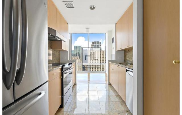 2 Bedrooms, Midtown East Rental in NYC for $12,500 - Photo 2