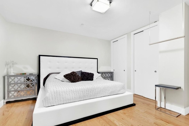 Studio, Financial District Rental in NYC for $2,751 - Photo 2