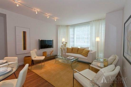 1 Bedroom, Murray Hill Rental in NYC for $4,391 - Photo 2
