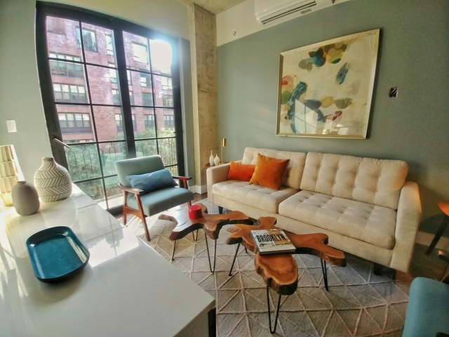 1 Bedroom, Williamsburg Rental in NYC for $3,667 - Photo 2