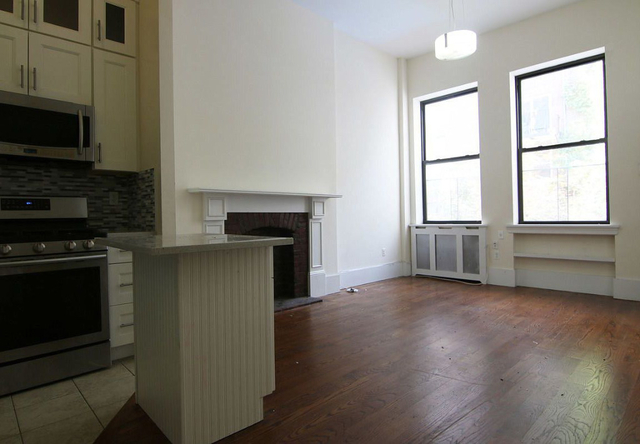 3 Bedrooms, Upper West Side Rental in NYC for $6,860 - Photo 1