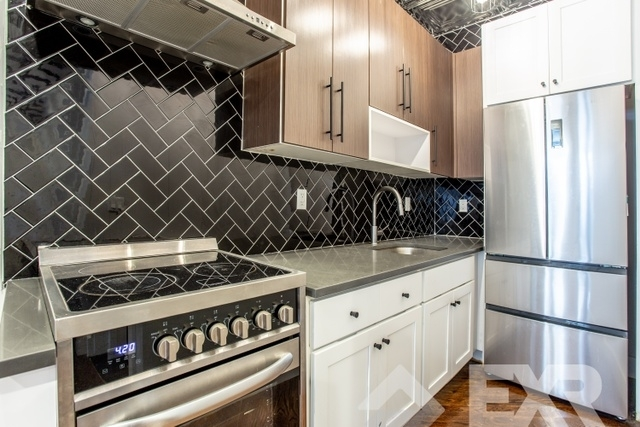 3 Bedrooms, Bedford-Stuyvesant Rental in NYC for $3,938 - Photo 2