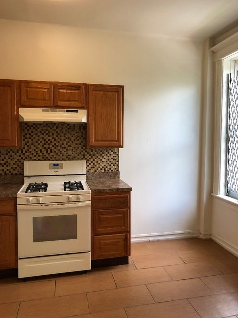 1 Bedroom, Crown Heights Rental in NYC for $1,800 - Photo 2