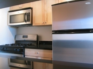 2 Bedrooms, Yorkville Rental in NYC for $7,517 - Photo 2