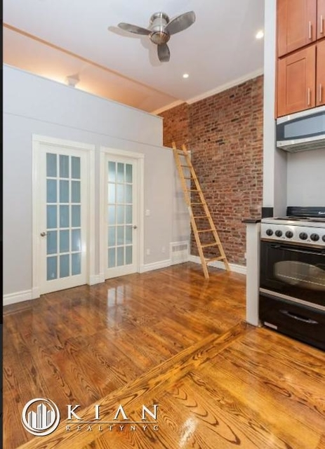 3 Bedrooms, West Village Rental in NYC for $6,704 - Photo 1