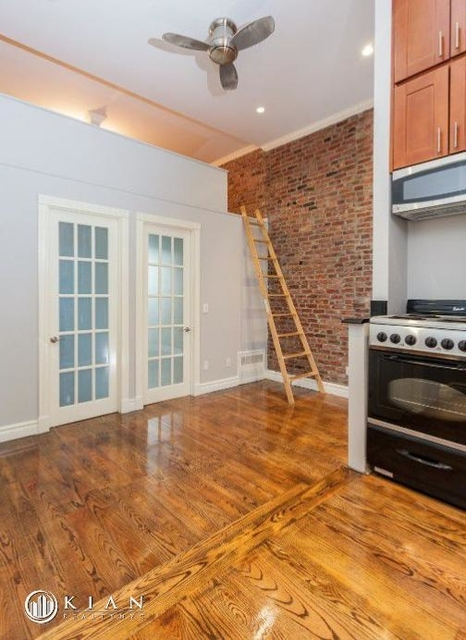 3 Bedrooms, West Village Rental in NYC for $6,991 - Photo 2