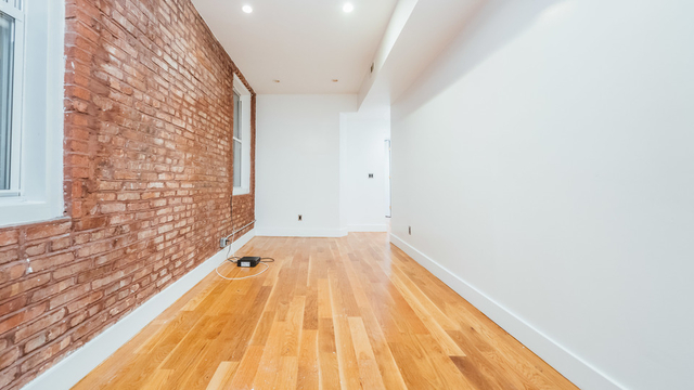 3 Bedrooms, East Williamsburg Rental in NYC for $2,750 - Photo 2