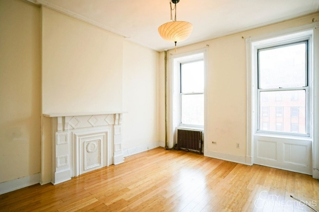 2 Bedrooms, East Village Rental in NYC for $2,695 - Photo 1