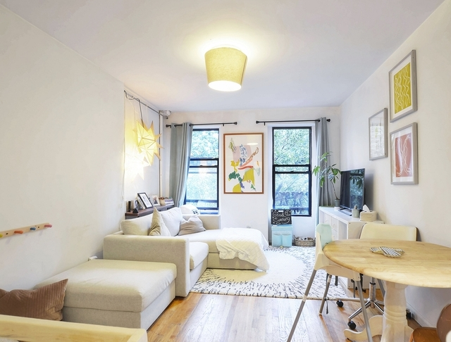 1 Bedroom, Yorkville Rental in NYC for $2,290 - Photo 1