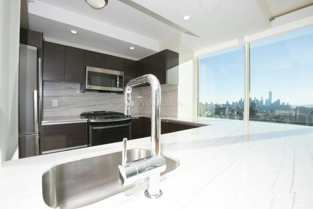 2 Bedrooms, Chelsea Rental in NYC for $5,754 - Photo 2
