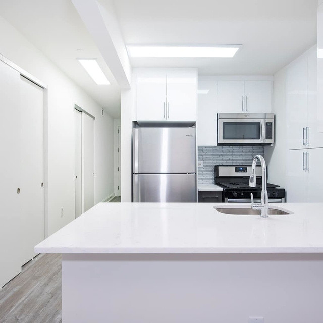 1 Bedroom, Financial District Rental in NYC for $3,423 - Photo 1