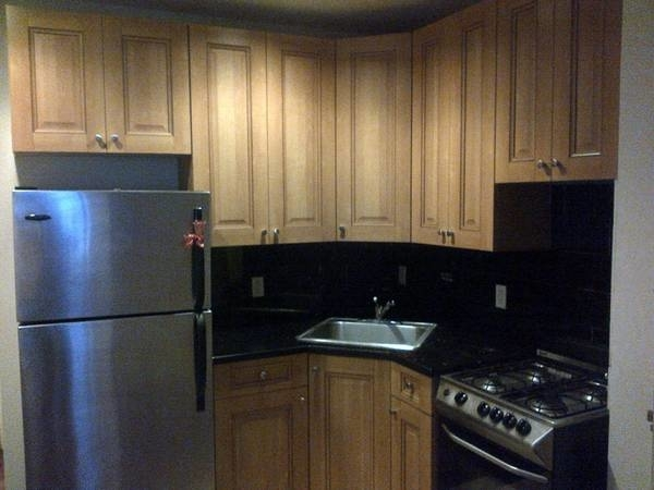 2 Bedrooms, Hell's Kitchen Rental in NYC for $2,575 - Photo 2