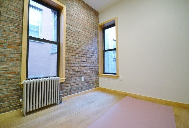 2 Bedrooms, Two Bridges Rental in NYC for $2,887 - Photo 2