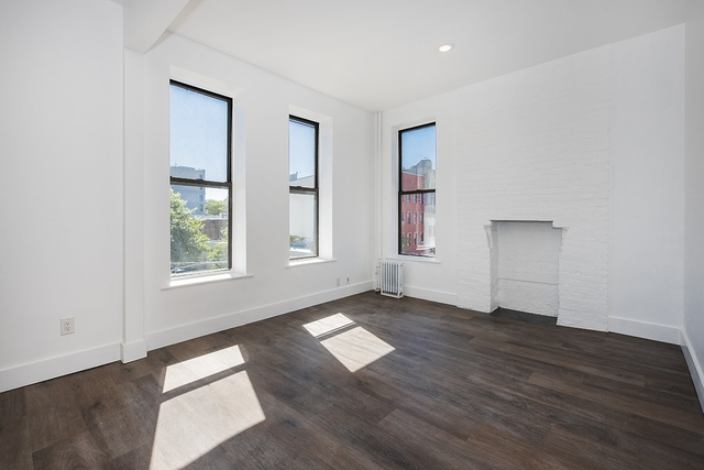 2 Bedrooms, Greenpoint Rental in NYC for $3,420 - Photo 1