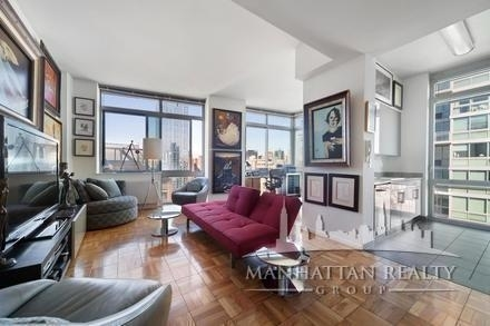 3 Bedrooms, Hell's Kitchen Rental in NYC for $6,700 - Photo 1