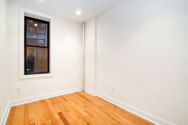 3 Bedrooms, Crown Heights Rental in NYC for $3,225 - Photo 2