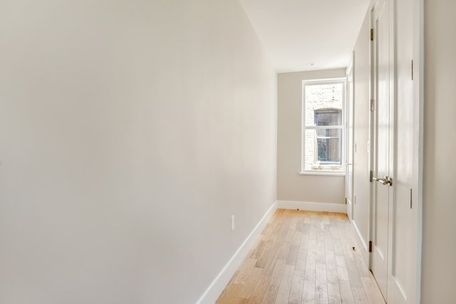 2 Bedrooms, South Slope Rental in NYC for $3,850 - Photo 2