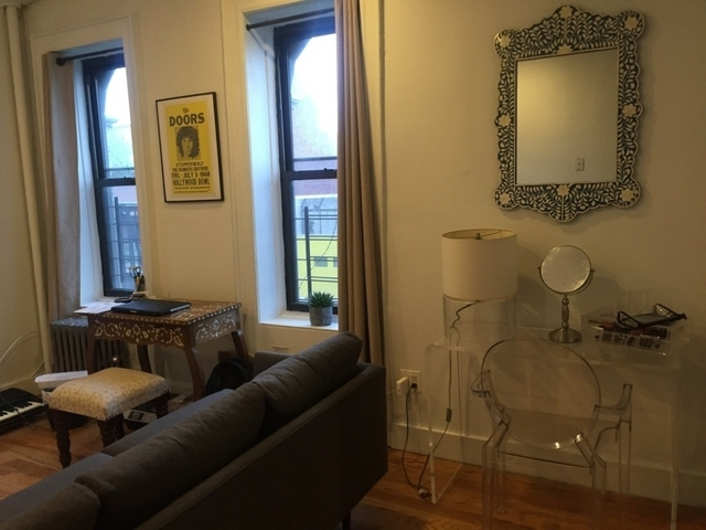 1 Bedroom, Williamsburg Rental in NYC for $2,450 - Photo 2