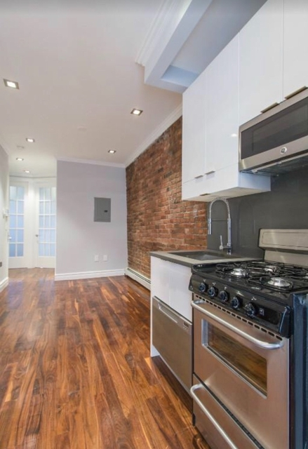 2 Bedrooms, Little Italy Rental in NYC for $4,495 - Photo 1