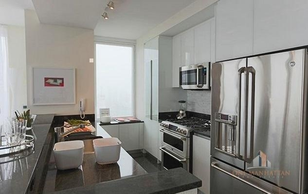 2 Bedrooms, Lincoln Square Rental in NYC for $7,500 - Photo 1