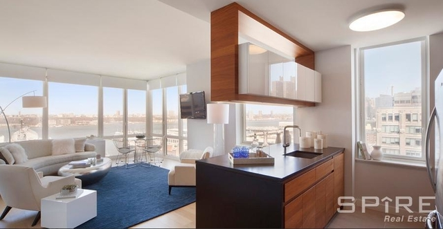 1 Bedroom, Hell's Kitchen Rental in NYC for $3,644 - Photo 1