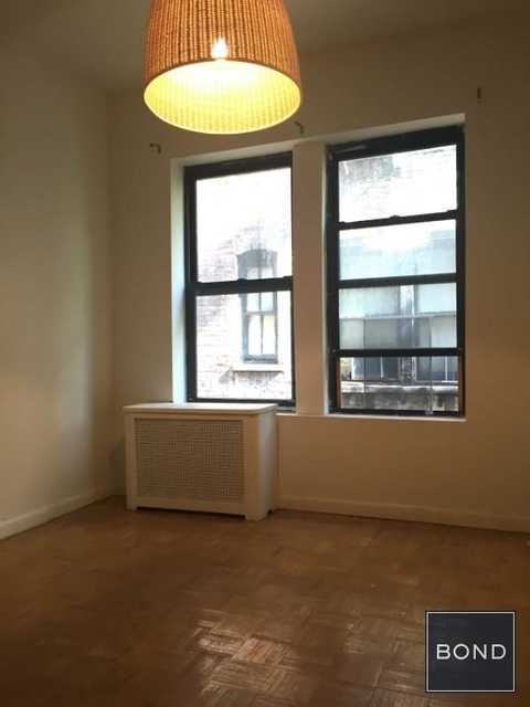 3 Bedrooms, Gramercy Park Rental in NYC for $4,320 - Photo 2