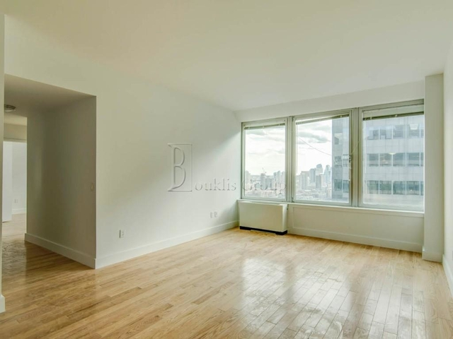 2 Bedrooms, Financial District Rental in NYC for $5,385 - Photo 2