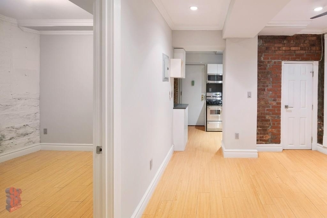 3 Bedrooms, Murray Hill Rental in NYC for $5,195 - Photo 2