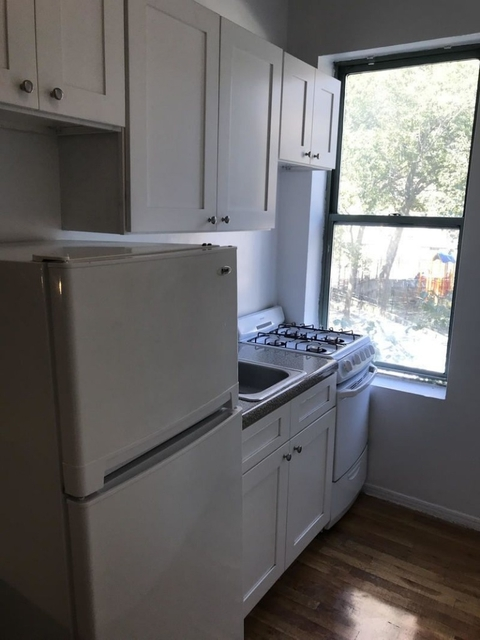3 Bedrooms, Lincoln Square Rental in NYC for $3,495 - Photo 2