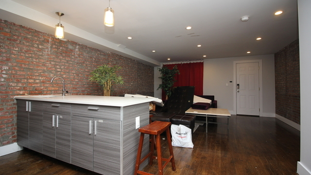 5 Bedrooms, Crown Heights Rental in NYC for $4,800 - Photo 1