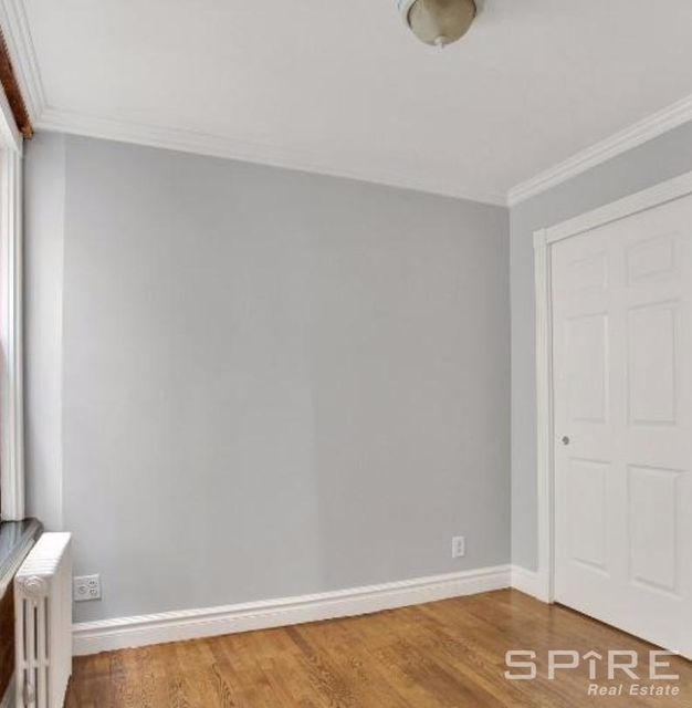 3 Bedrooms, East Village Rental in NYC for $4,990 - Photo 2
