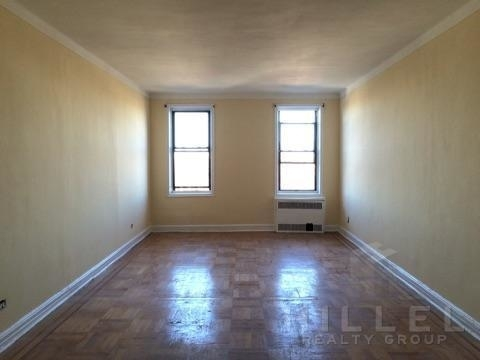 2 Bedrooms, Elmhurst Rental in NYC for $2,500 - Photo 2