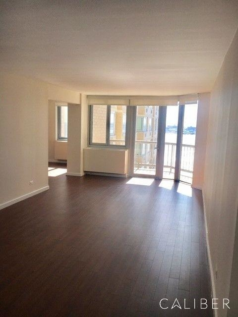 3 Bedrooms, Murray Hill Rental in NYC for $6,093 - Photo 2