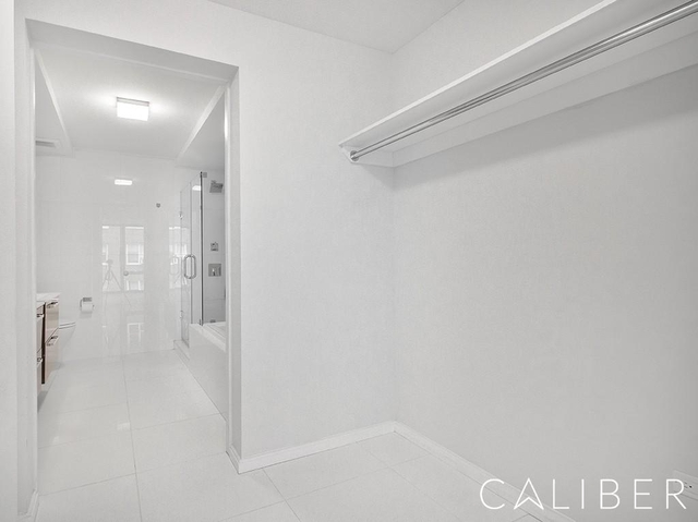 2 Bedrooms, Murray Hill Rental in NYC for $5,249 - Photo 2