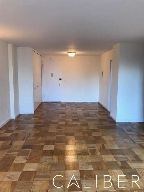 Studio, Upper East Side Rental in NYC for $2,425 - Photo 2
