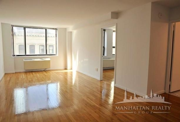3 Bedrooms, Tribeca Rental in NYC for $5,795 - Photo 2