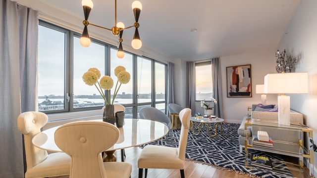 2 Bedrooms, Hell's Kitchen Rental in NYC for $6,023 - Photo 1