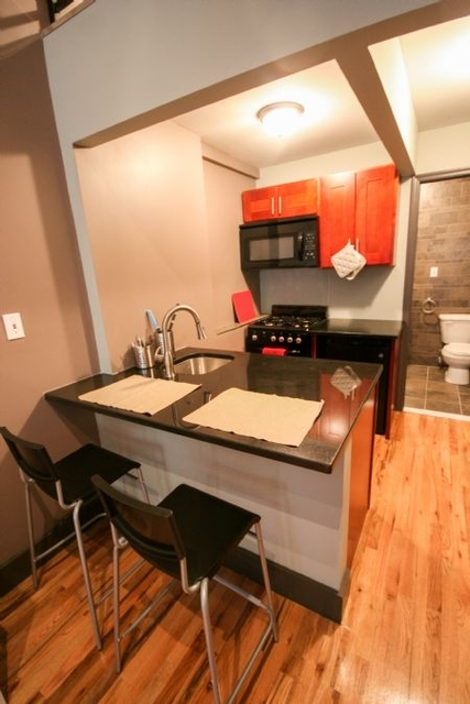 Studio, East Village Rental in NYC for $2,755 - Photo 2