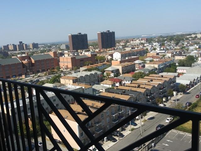 2 Bedrooms, Far Rockaway Rental in Long Island, NY for $2,275 - Photo 2