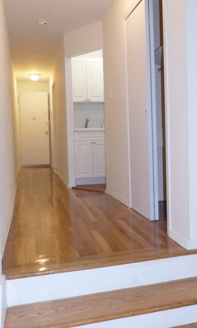 Studio, Lincoln Square Rental in NYC for $2,100 - Photo 1
