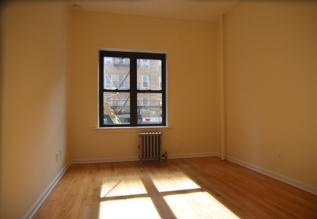 2 Bedrooms, Little Italy Rental in NYC for $4,855 - Photo 2
