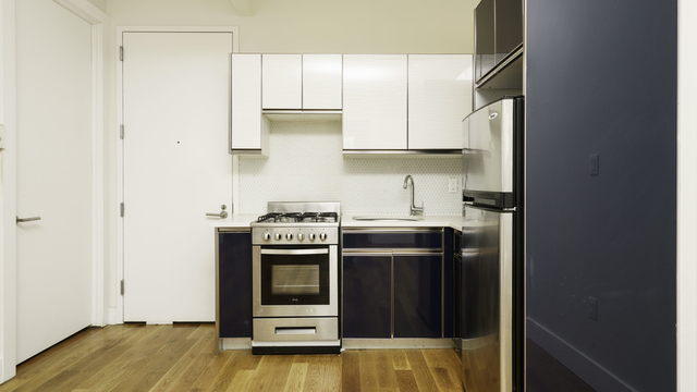 3 Bedrooms, Bedford-Stuyvesant Rental in NYC for $2,850 - Photo 2