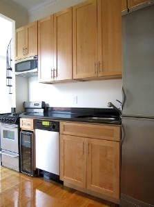 3 Bedrooms, Yorkville Rental in NYC for $4,995 - Photo 2