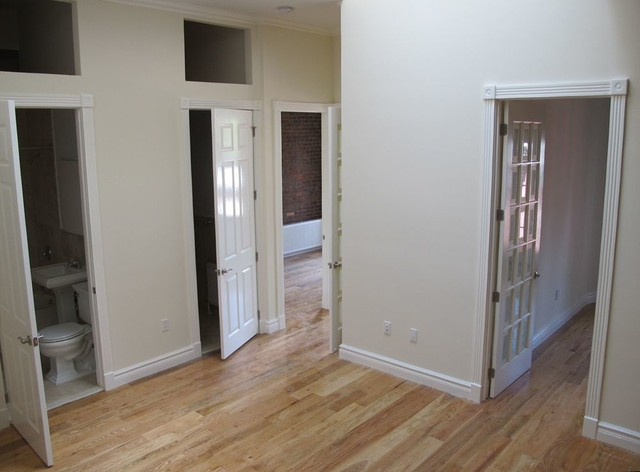 4 Bedrooms, Hell's Kitchen Rental in NYC for $7,250 - Photo 2