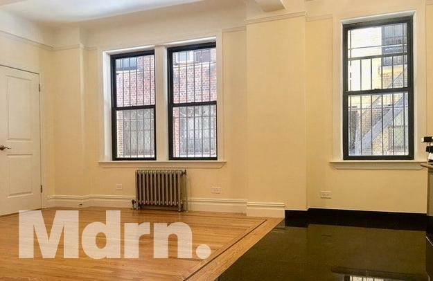 Studio, Carnegie Hill Rental in NYC for $2,696 - Photo 2