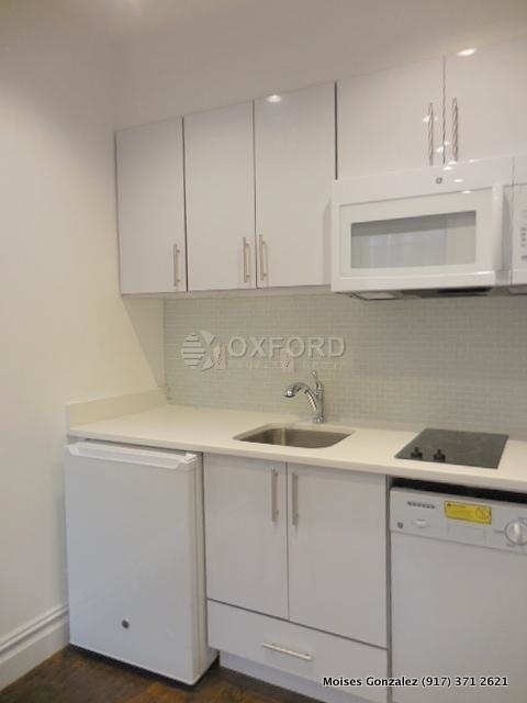 1 Bedroom, West Village Rental in NYC for $3,095 - Photo 2